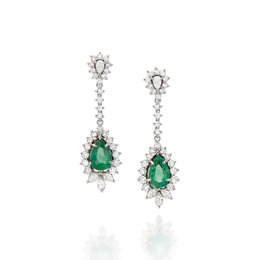 002f981ed9083 Brinco em Ouro Branco Diamantes e Esmeraldas
