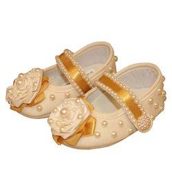 100b0a7b0c Sapato Bebê Menina Chic Dourado Palha