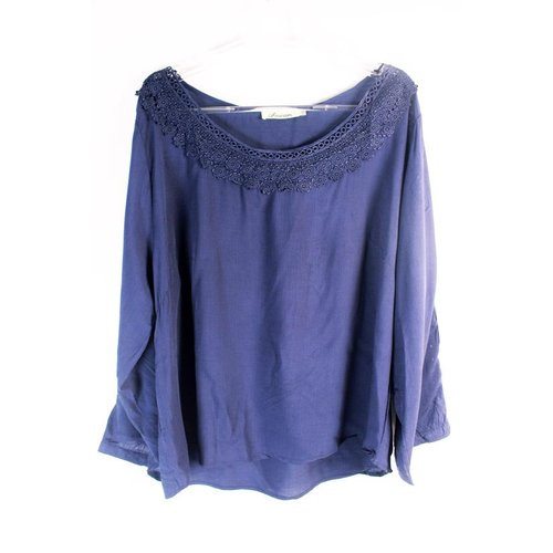Blusa Rendada (Plus Size)