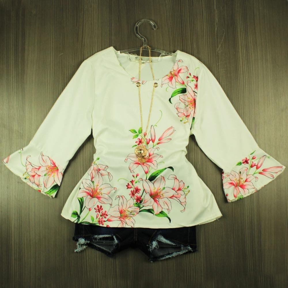 5bab6f3102 Blusa Feminina Manga Longa Floral Com Pingente - Compre Agora - Feira da Madrugada  SP