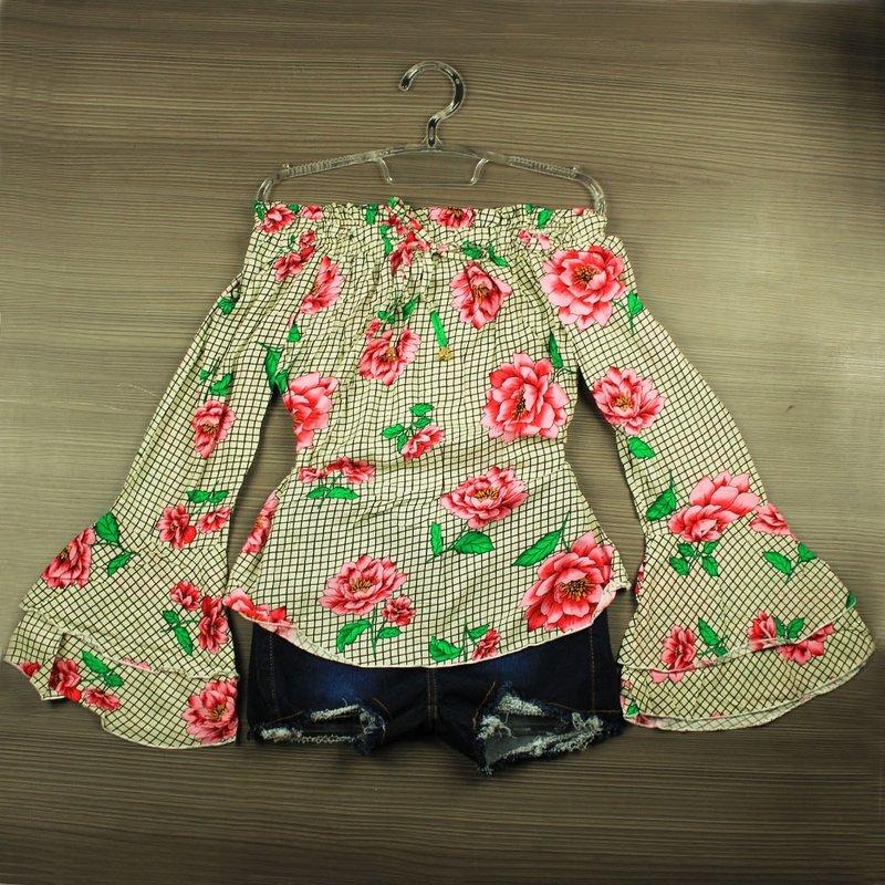 e26c370586 Blusa Feminina Ciganinha Estampa Floral Alça Com Amarração - Compre Agora -  Feira da Madrugada SP